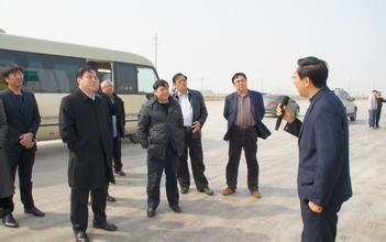 市领导视察规划大厦管理处